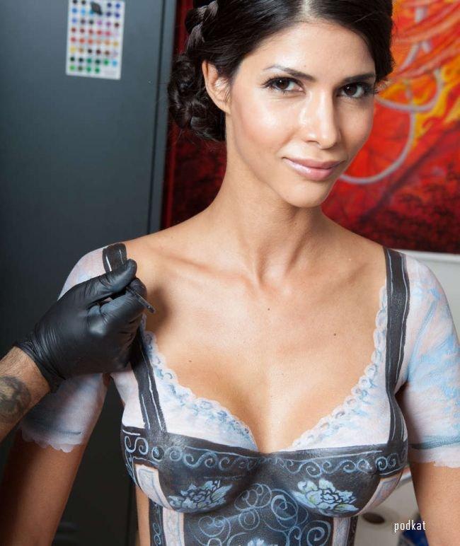 Нарисованое платье на Октоберфест